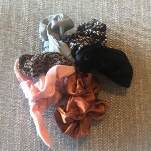 COPY - NWOT set of 6 Anthropologie hair scrunchies